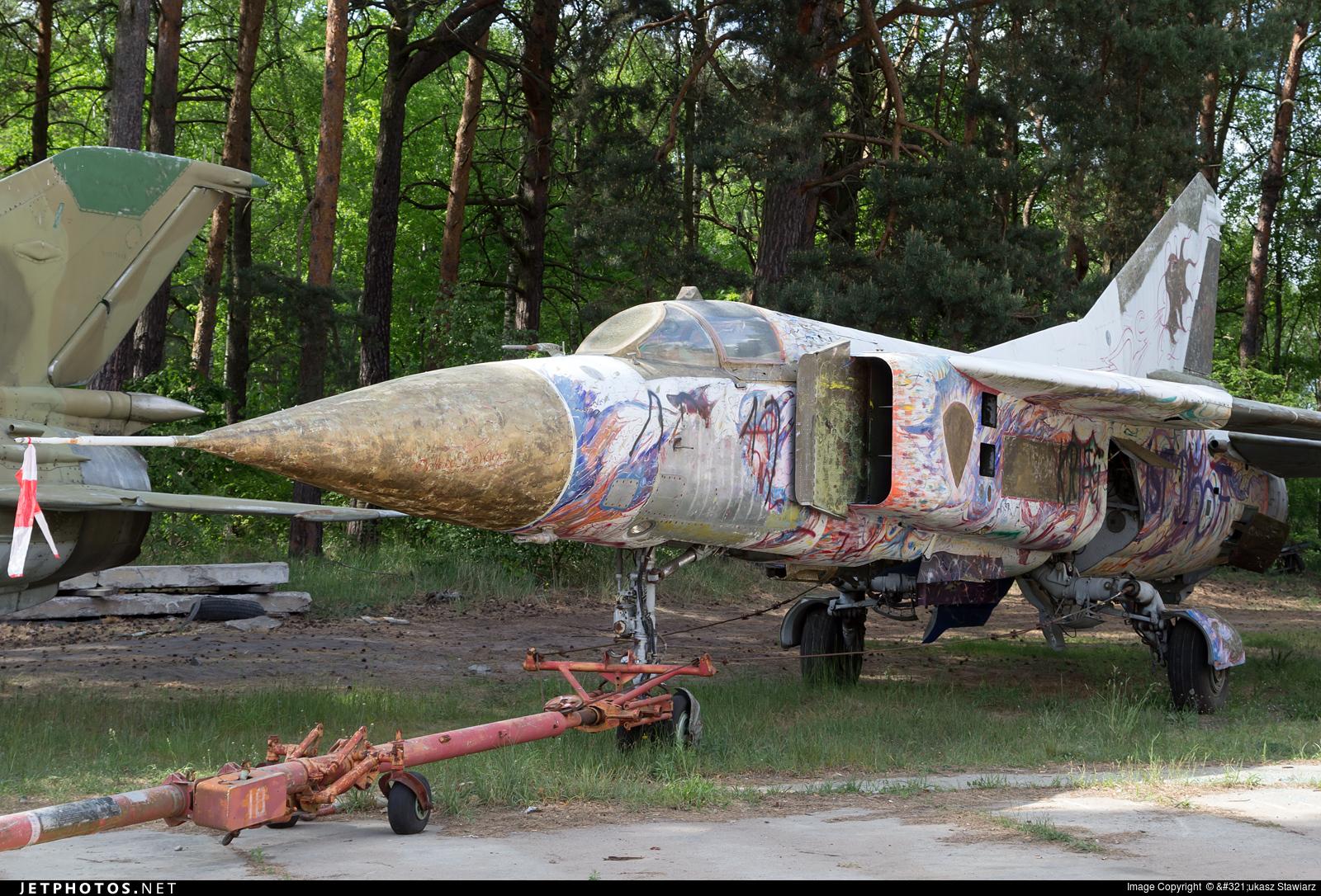 08 - Mikoyan-Gurevich MiG-23 Flogger - German Democratic Republic - Air Force