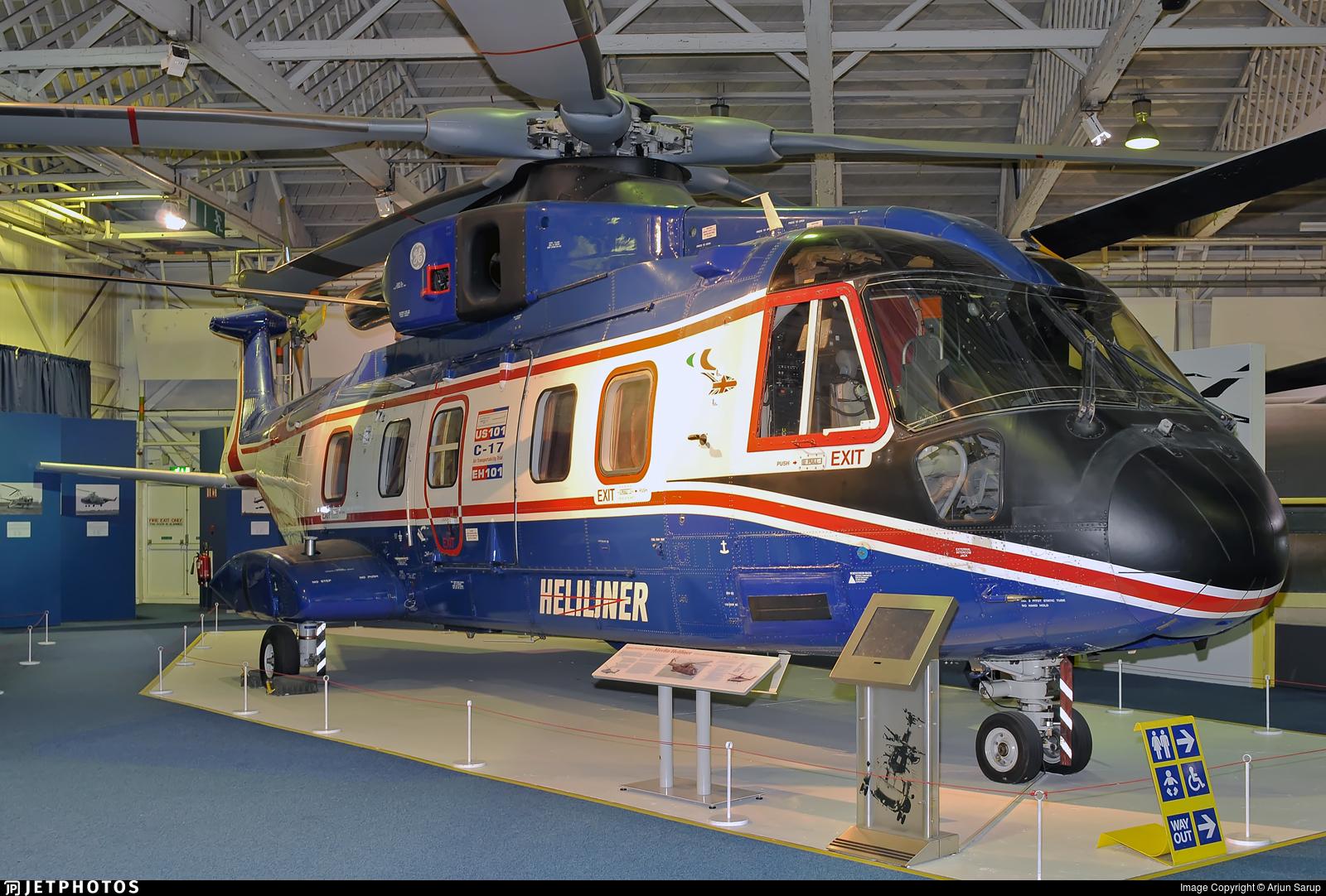 101 - Agusta-Westland EH-101 Merlin - Heliliner