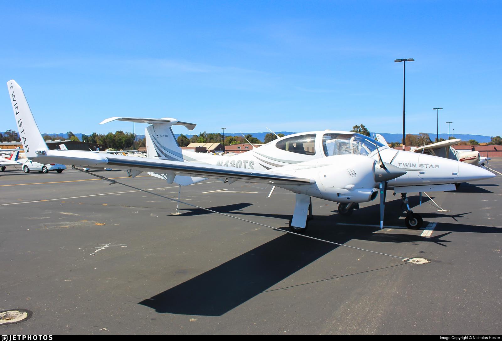 N430TS - Diamond DA-42 Twin Star - Private