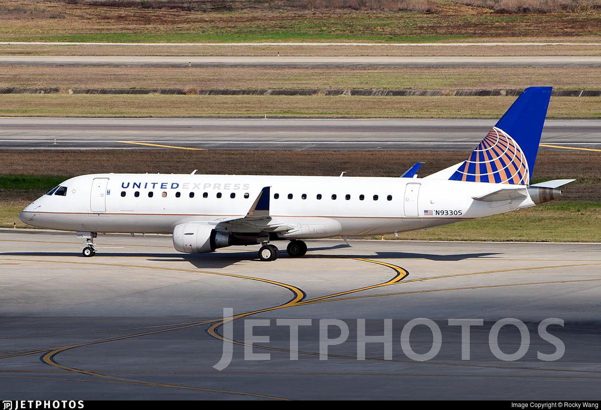 N93305 - Embraer 170-200LR - United Express (Mesa Airlines)