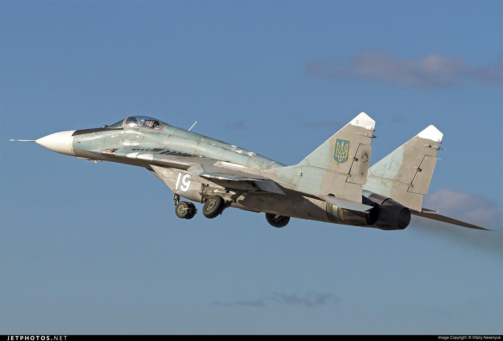 19 - Mikoyan-Gurevich MiG-29 Fulcrum - Ukraine - Air Force