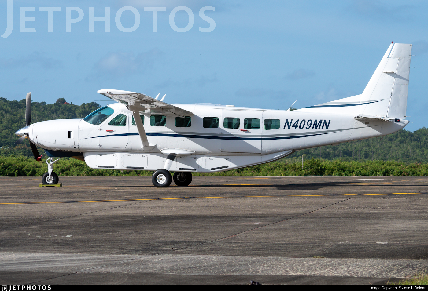 N409MN - Cessna 208B Grand Caravan - Air Cargo Carriers