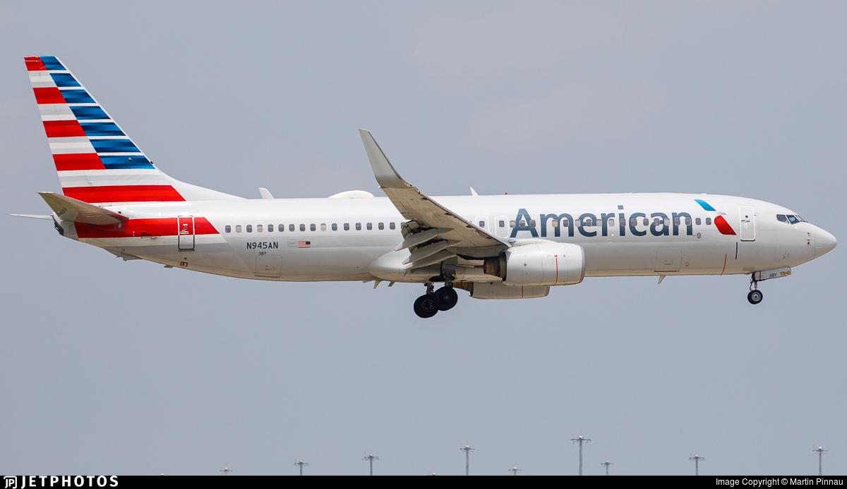 N945AN - Boeing 737-823 - American Airlines