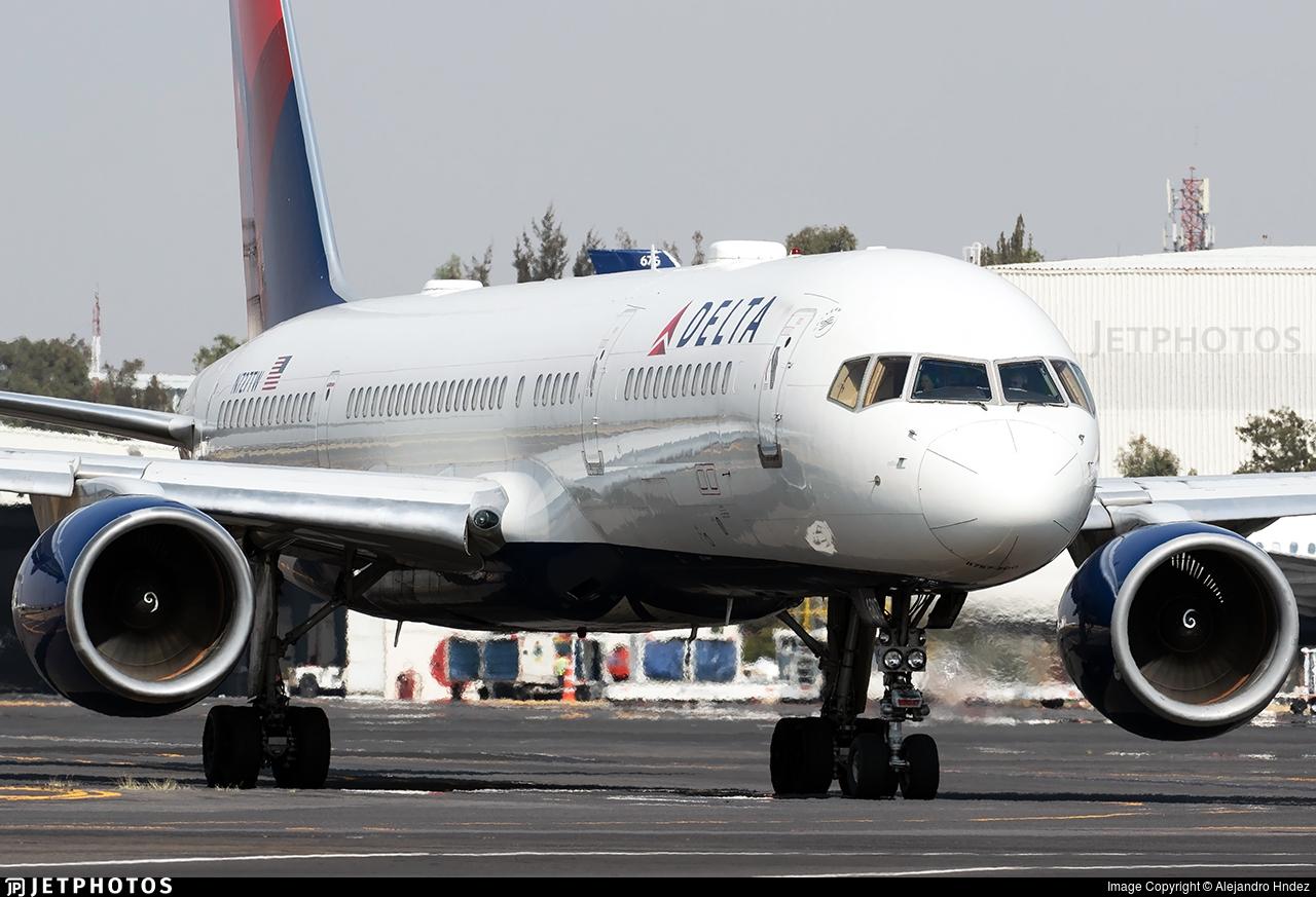 N727TW - Boeing 757-231 - Delta Air Lines