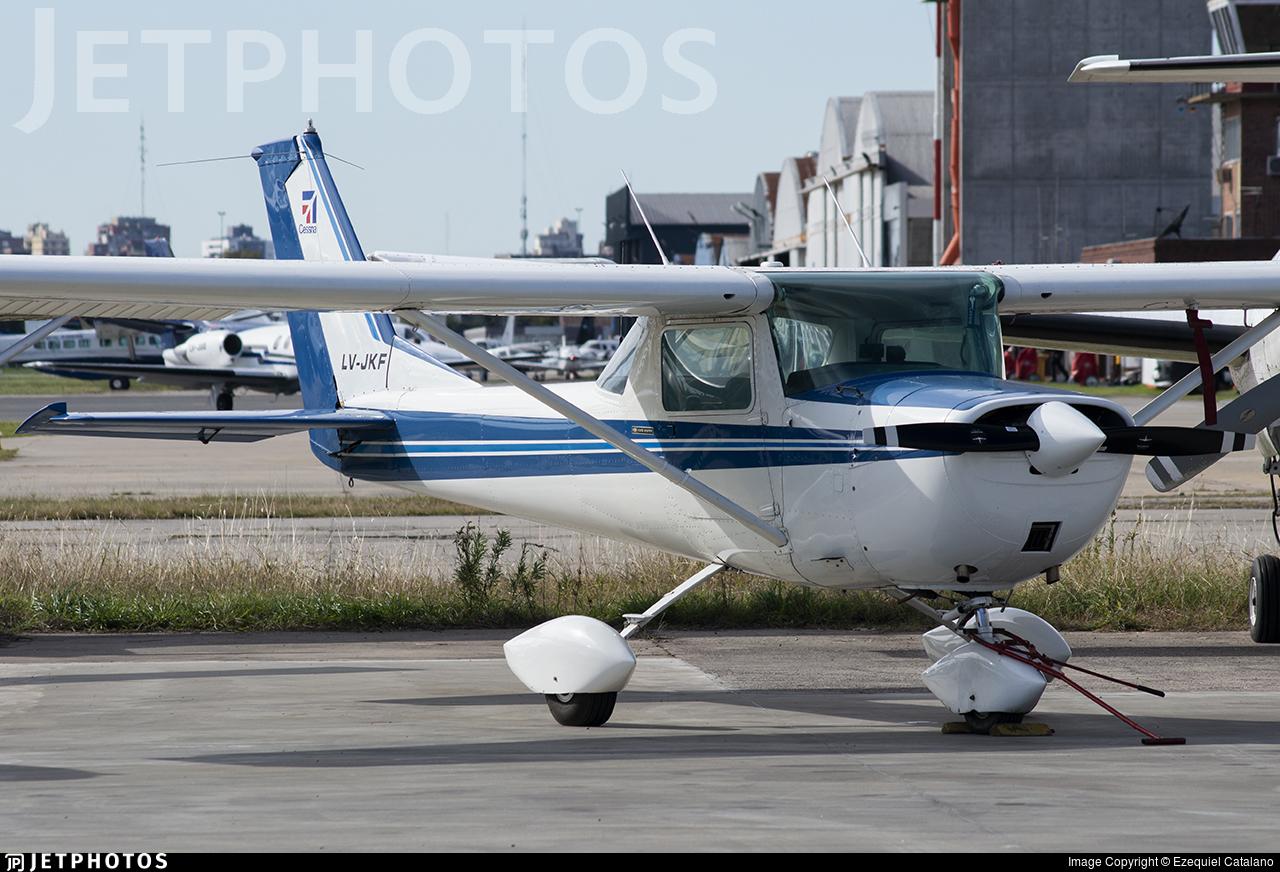 LV-JKF - Cessna 150G - Private