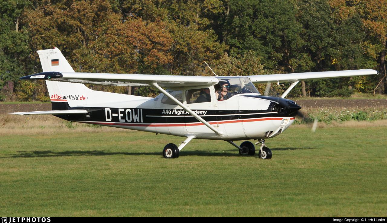 D-EOWI - Reims-Cessna F172N Skyhawk II - AAG Flight Academy