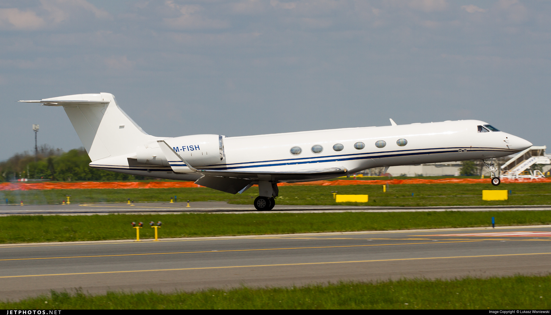 M-FISH - Gulfstream G-V - Private