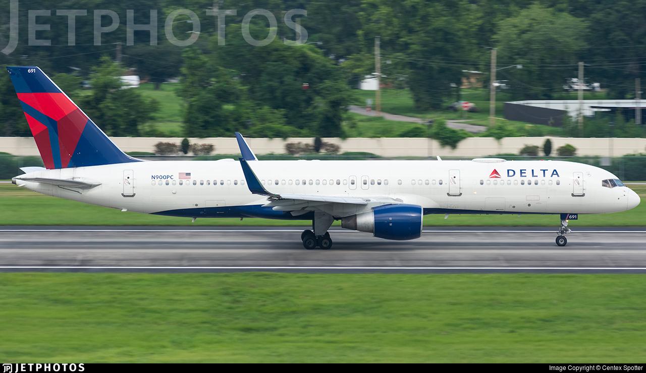 N900PC - Boeing 757-26D - Delta Air Lines
