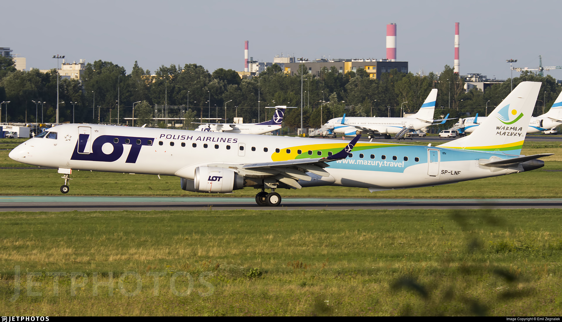 SP-LNF - Embraer 190-200LR - LOT Polish Airlines