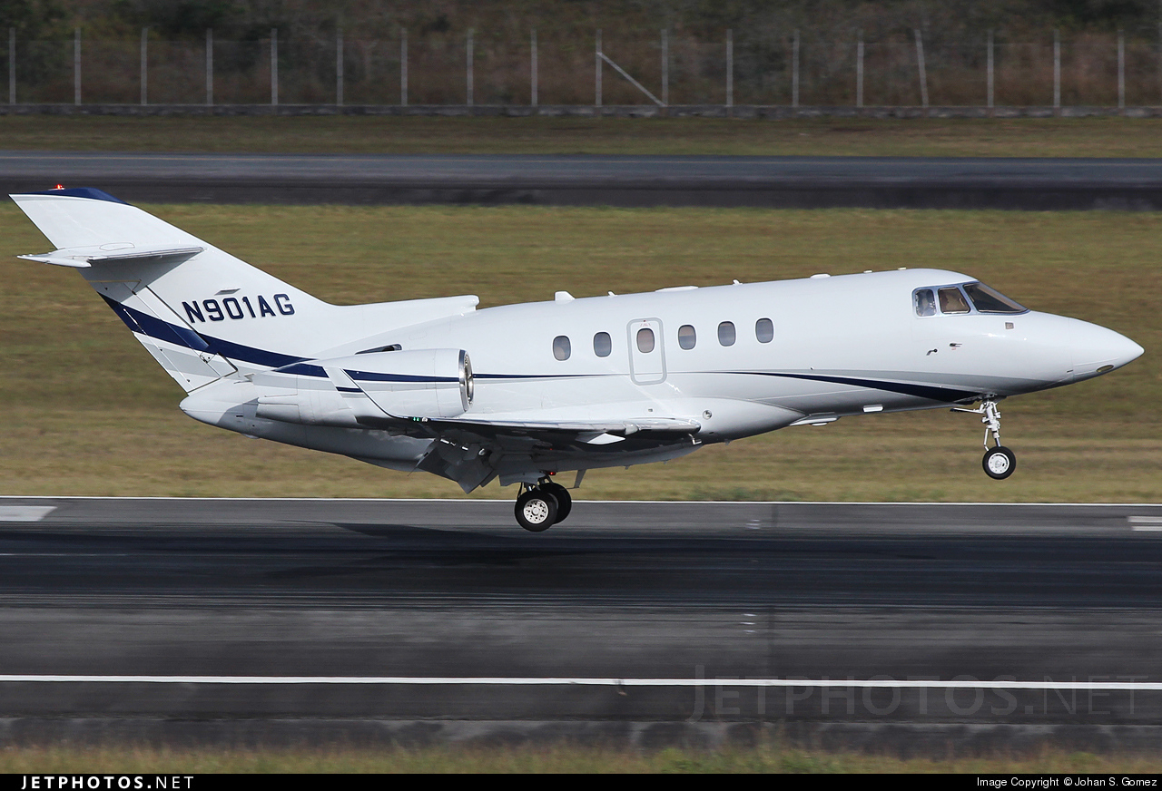 N901AG - Hawker Beechcraft 900XP - Private
