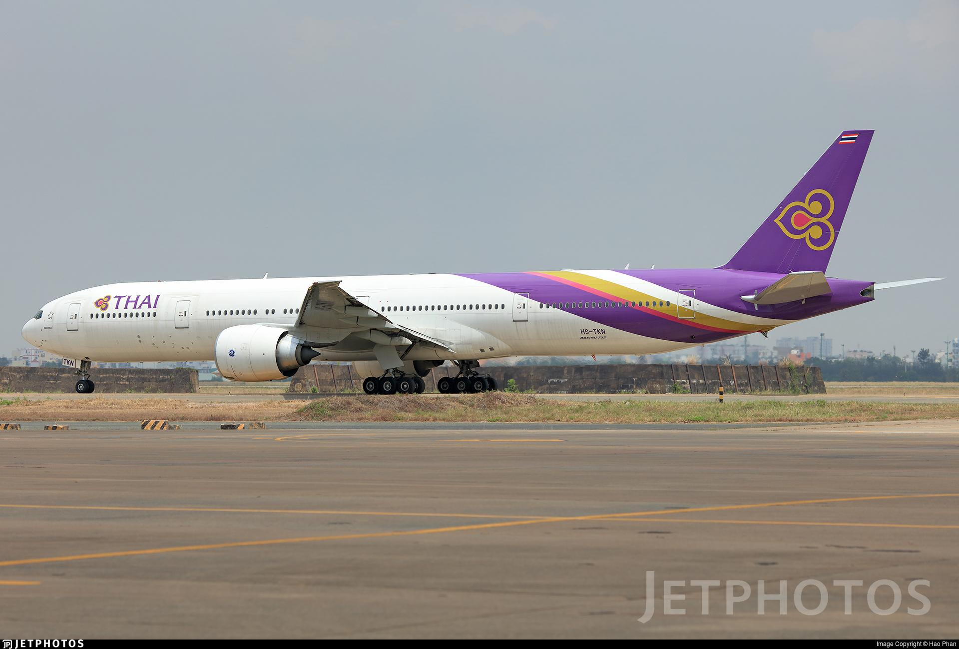HS-TKN - Boeing 777-3ALER - Thai Airways International