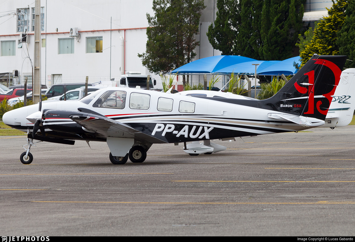 PP-AUX - Beechcraft G58 Baron - Private