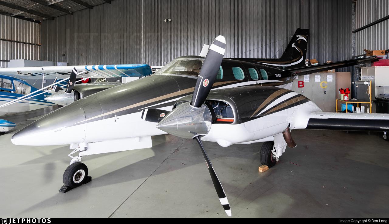 VH-TUZ - Beechcraft B60 Duke - Private