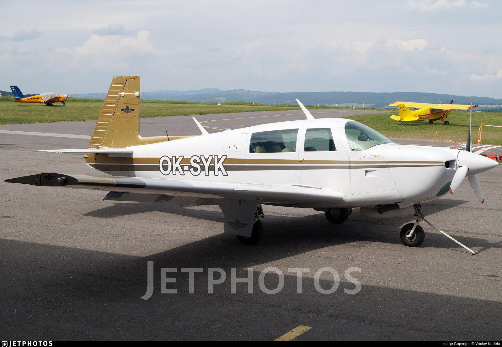 OK-SYK - Mooney M20J-201 - Private