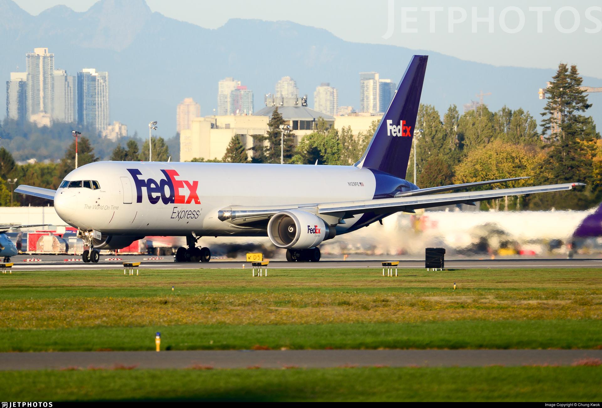 N129FE - Boeing 767-3S2F(ER) - FedEx