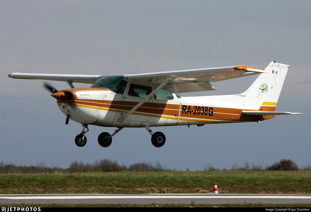 RA-2038G - Cessna 172N Skyhawk II - Private