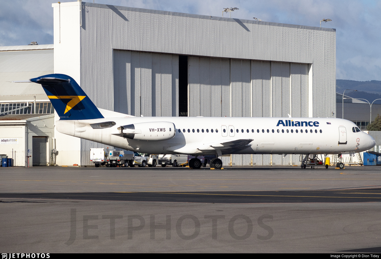 VH-XWS - Fokker 100 - Alliance Airlines