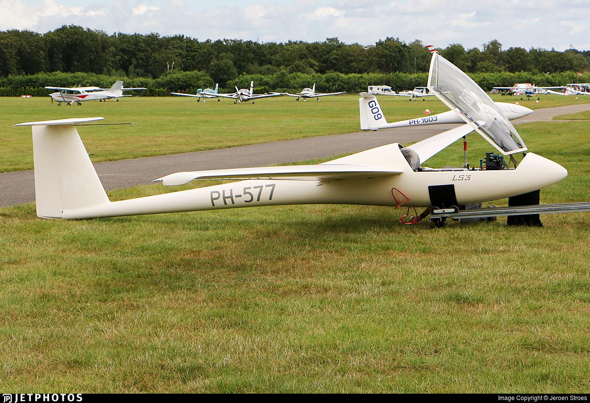 PH-577 - Rolladen-Schneider LS-3 - Private