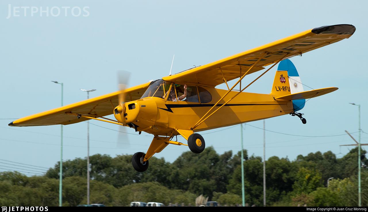 www.jetphotos.com