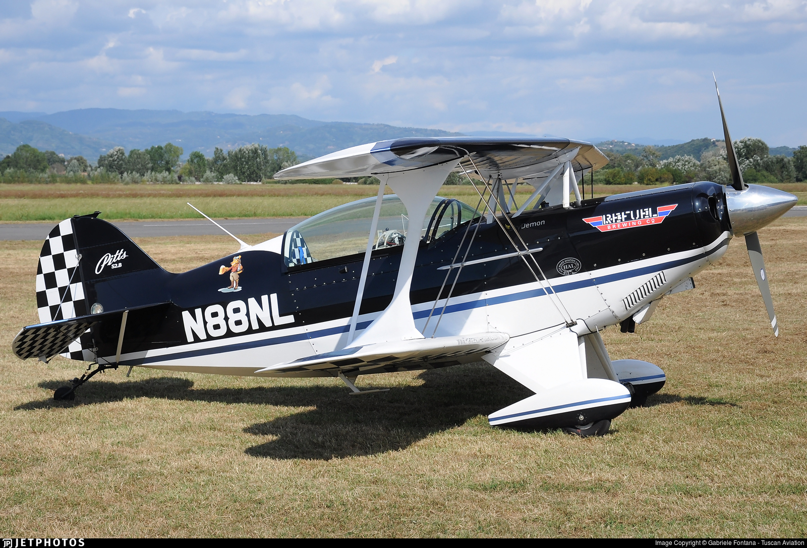 N88NL - Pitts S-2B Special - Private