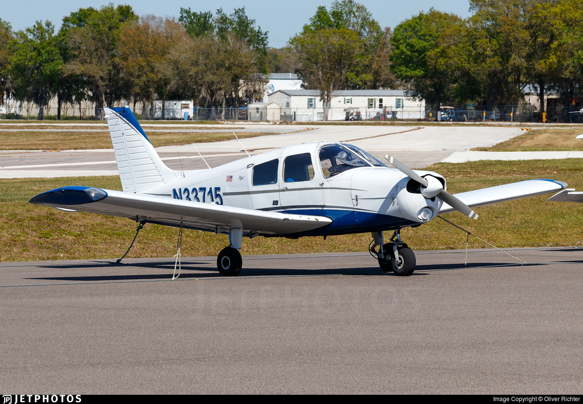 N33715 - Piper PA-28-140 Cherokee Cruiser - Private