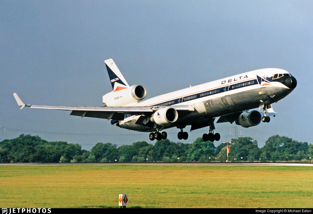 N809DE - McDonnell Douglas MD-11 - Delta Air Lines