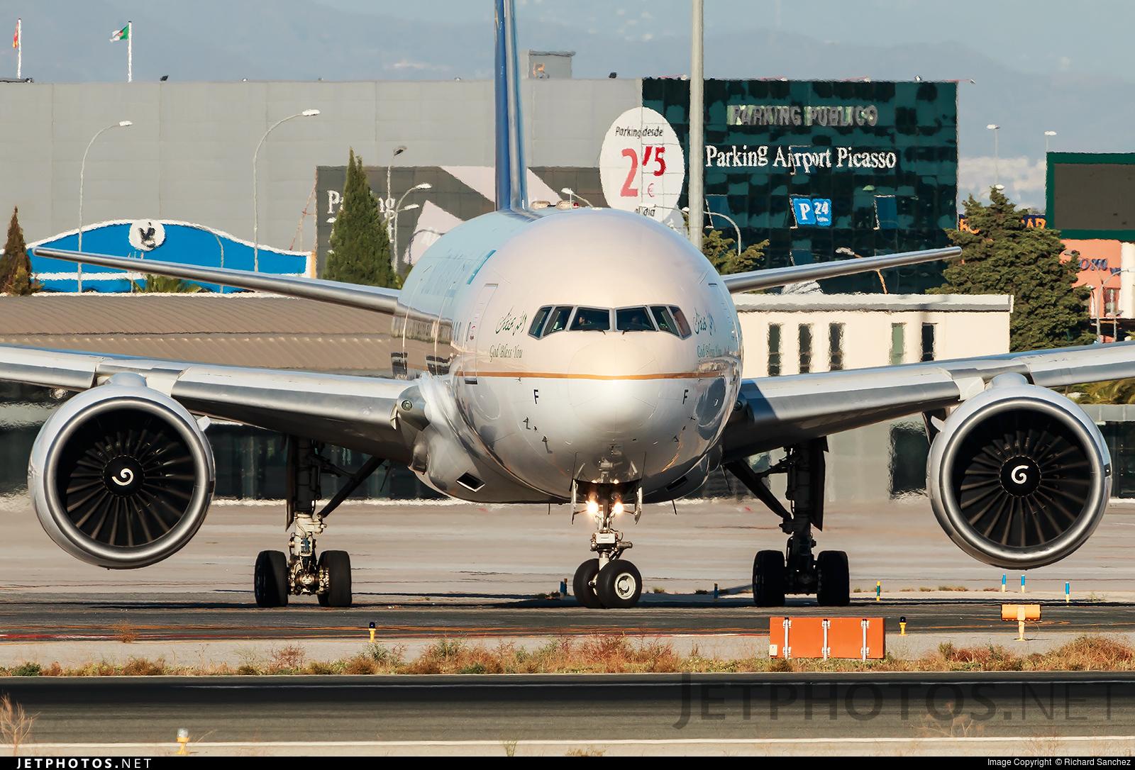 HZ-AKF - Boeing 777-268(ER) - Saudi Arabian Airlines