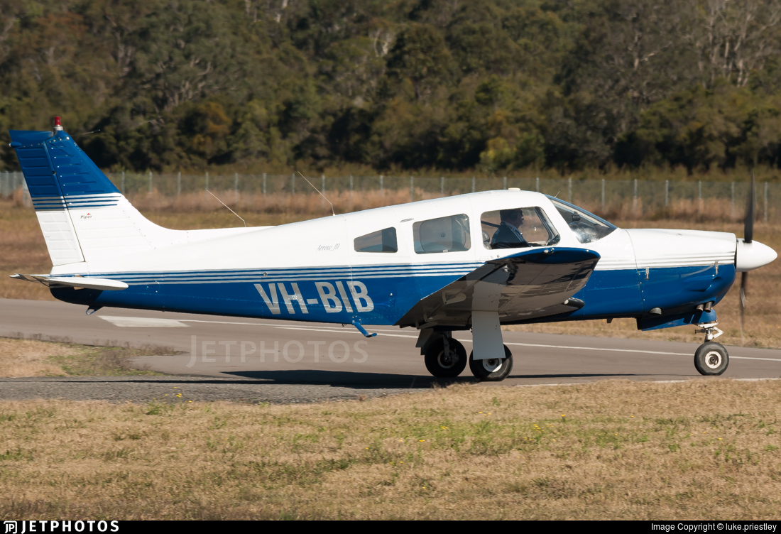 VH-BIB - Piper PA-28R-201 Cherokee Arrow III - Private
