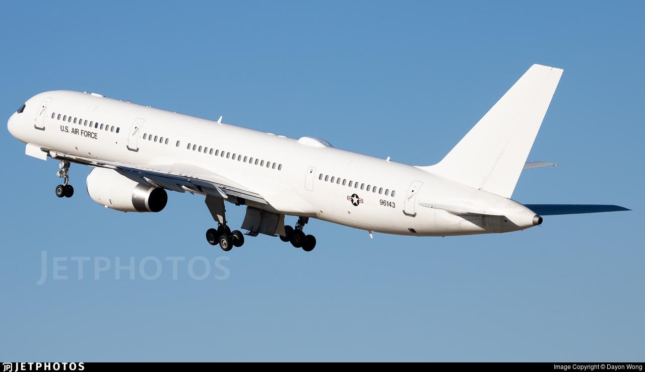 99-6143 - Boeing C-32B - United States - US Air Force (USAF)