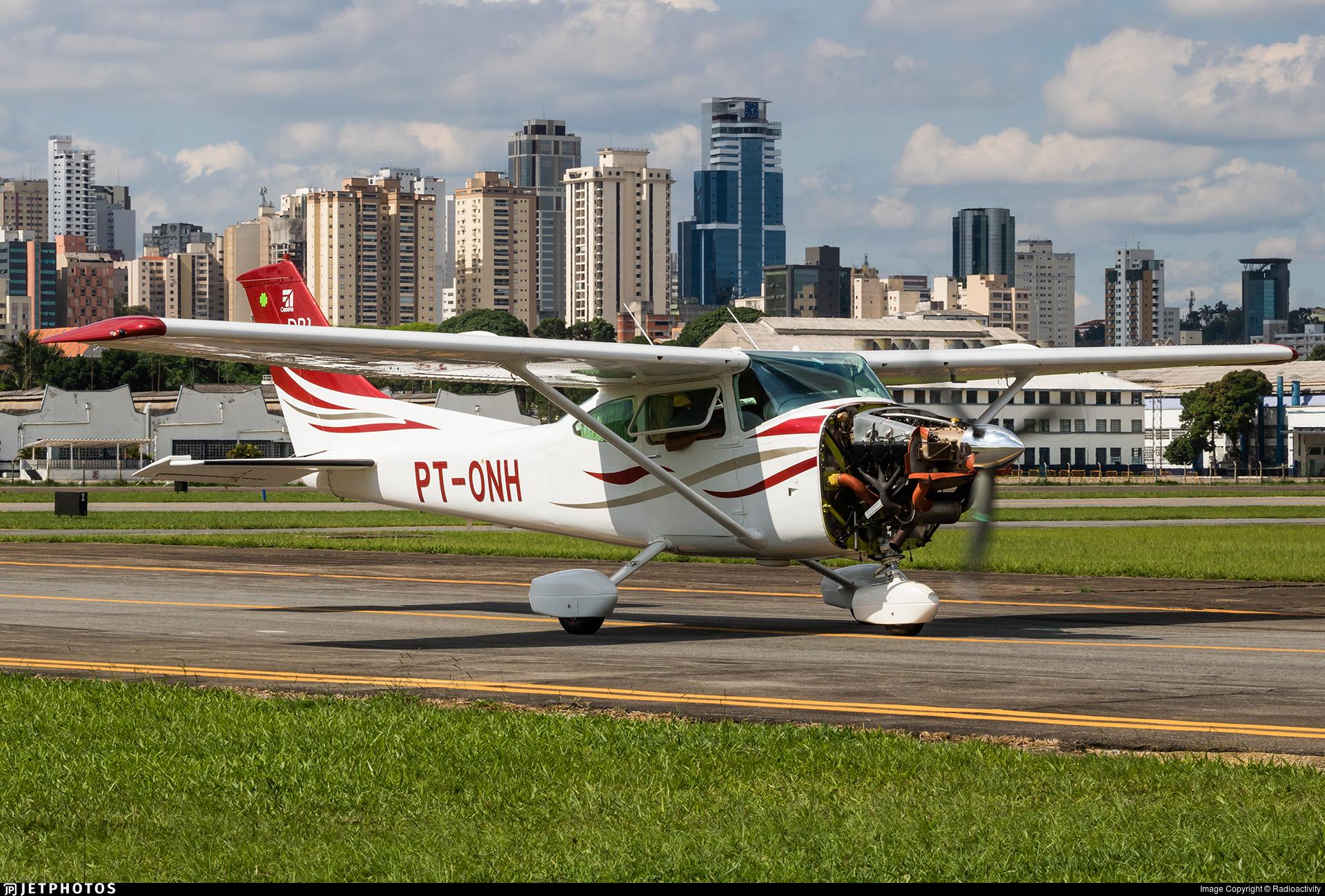 PT-ONH - Cessna 182Q Skylane II - Private