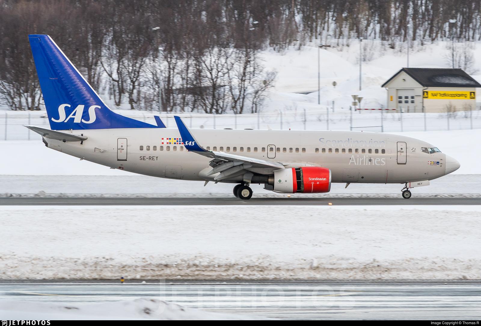 SE-REY - Boeing 737-76N - Scandinavian Airlines (SAS)