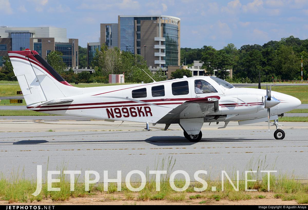 N996KR - Beechcraft 58P Baron - Private