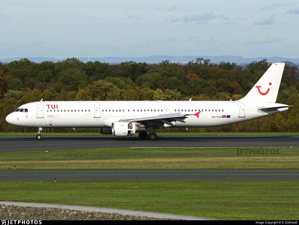 CS-TKU - Airbus A321-211 - TUI (Galistair (White Airways))