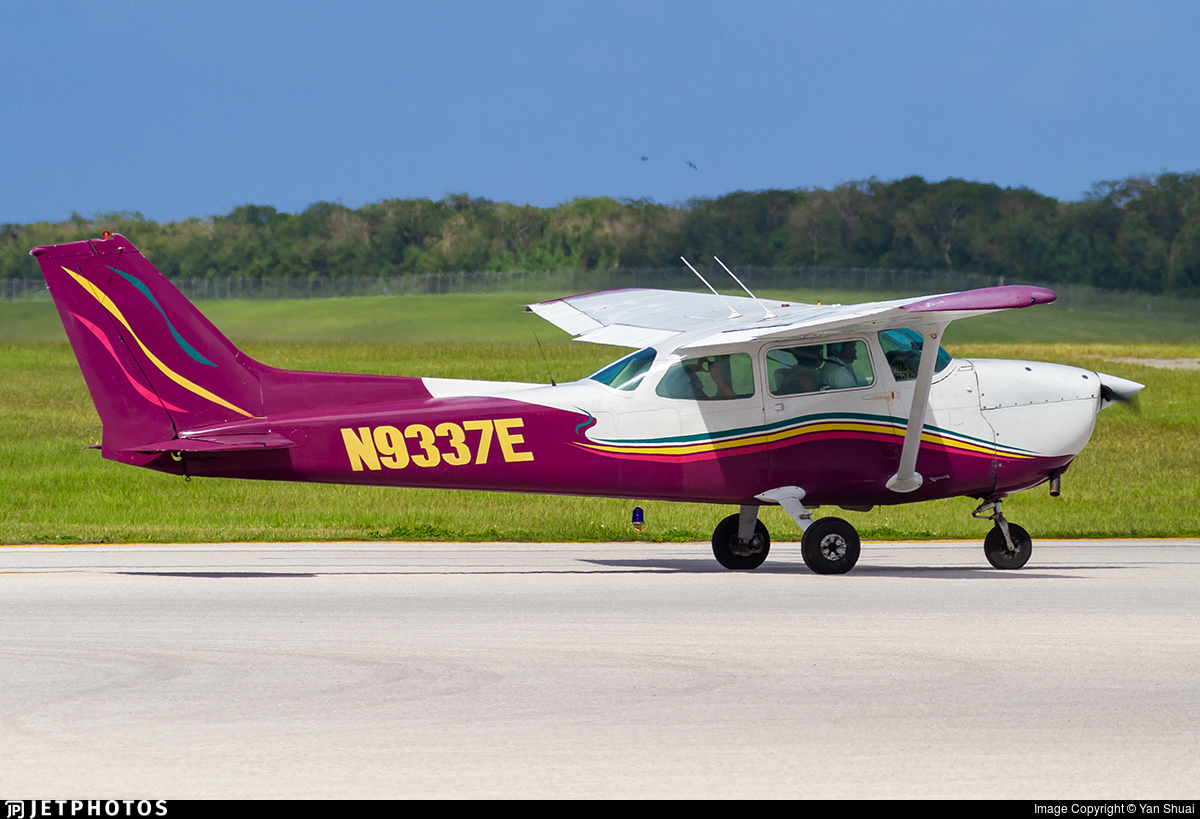 N9337E - Cessna 172N Skyhawk - Private