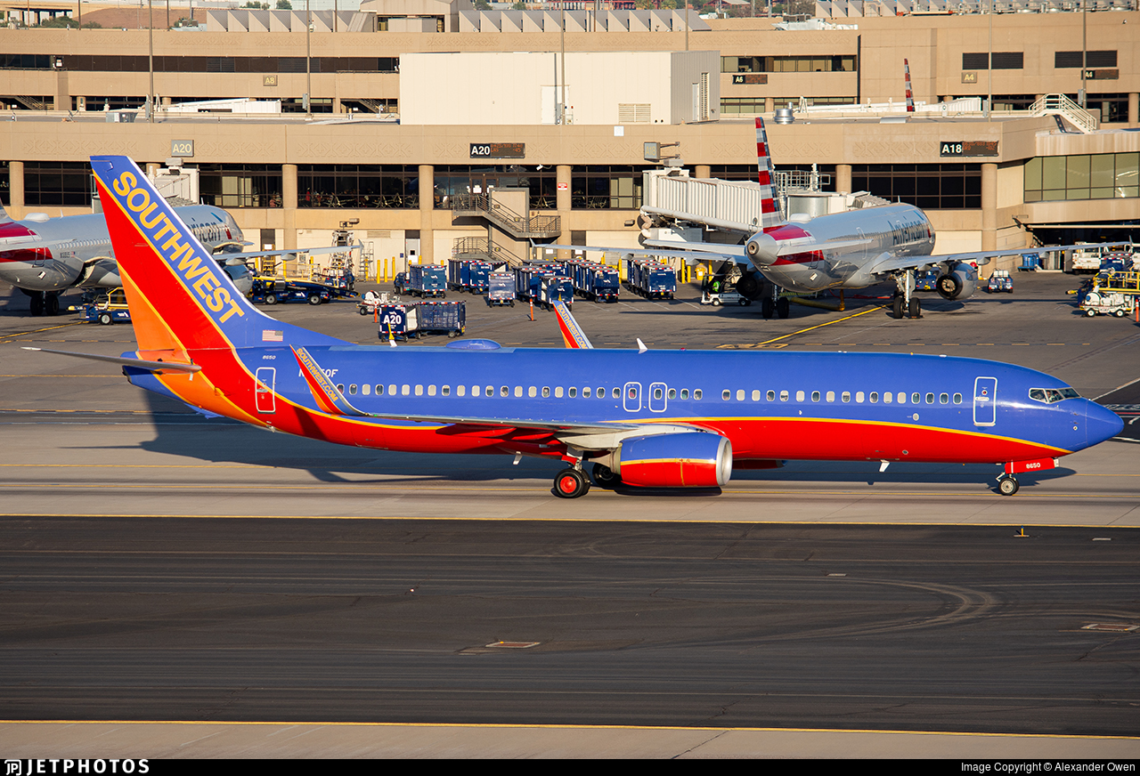 N8650F - Boeing 737-8H4 - Southwest Airlines