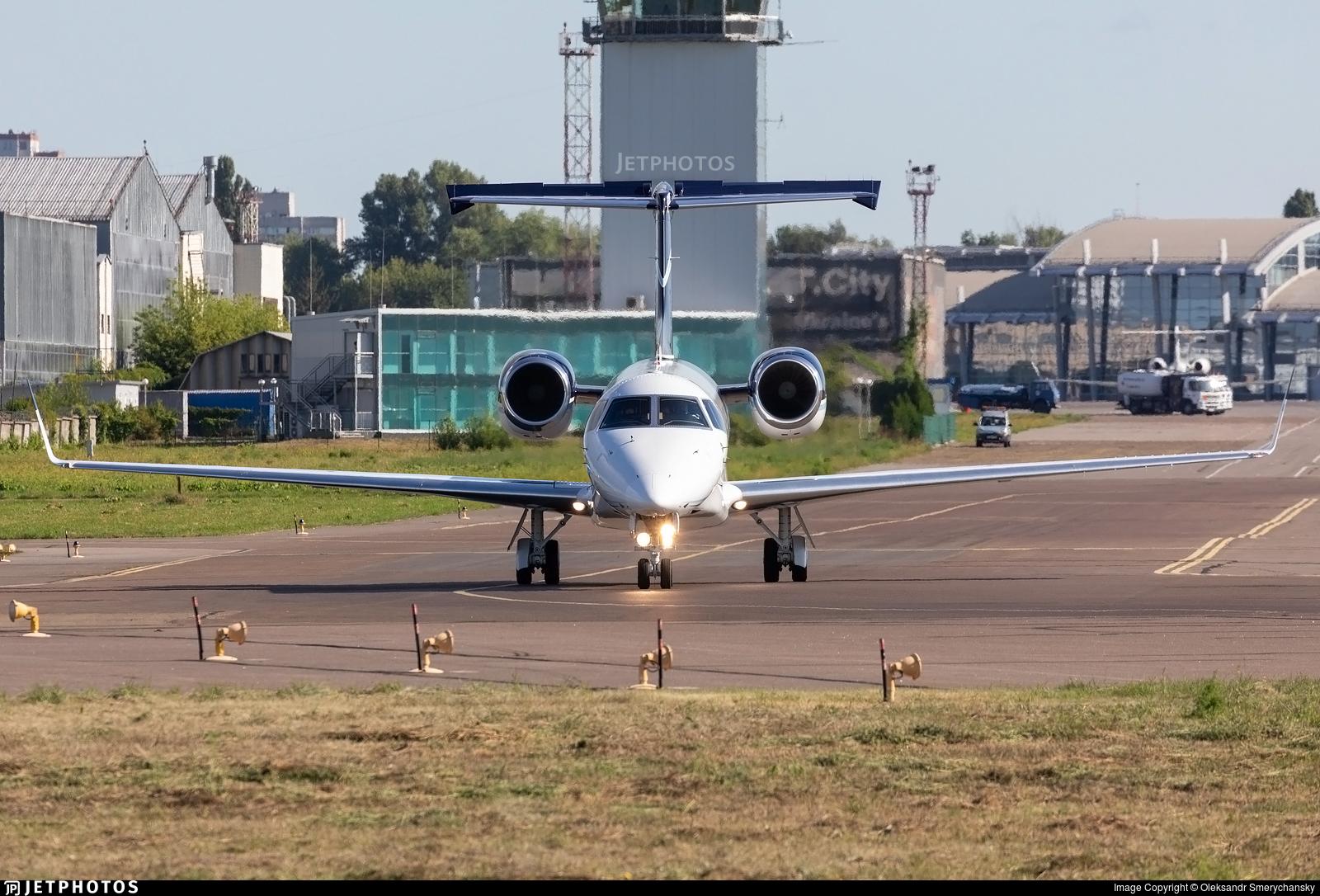 D-AHOX - Embraer ERJ-135BJ Legacy 650 - Air Hamburg