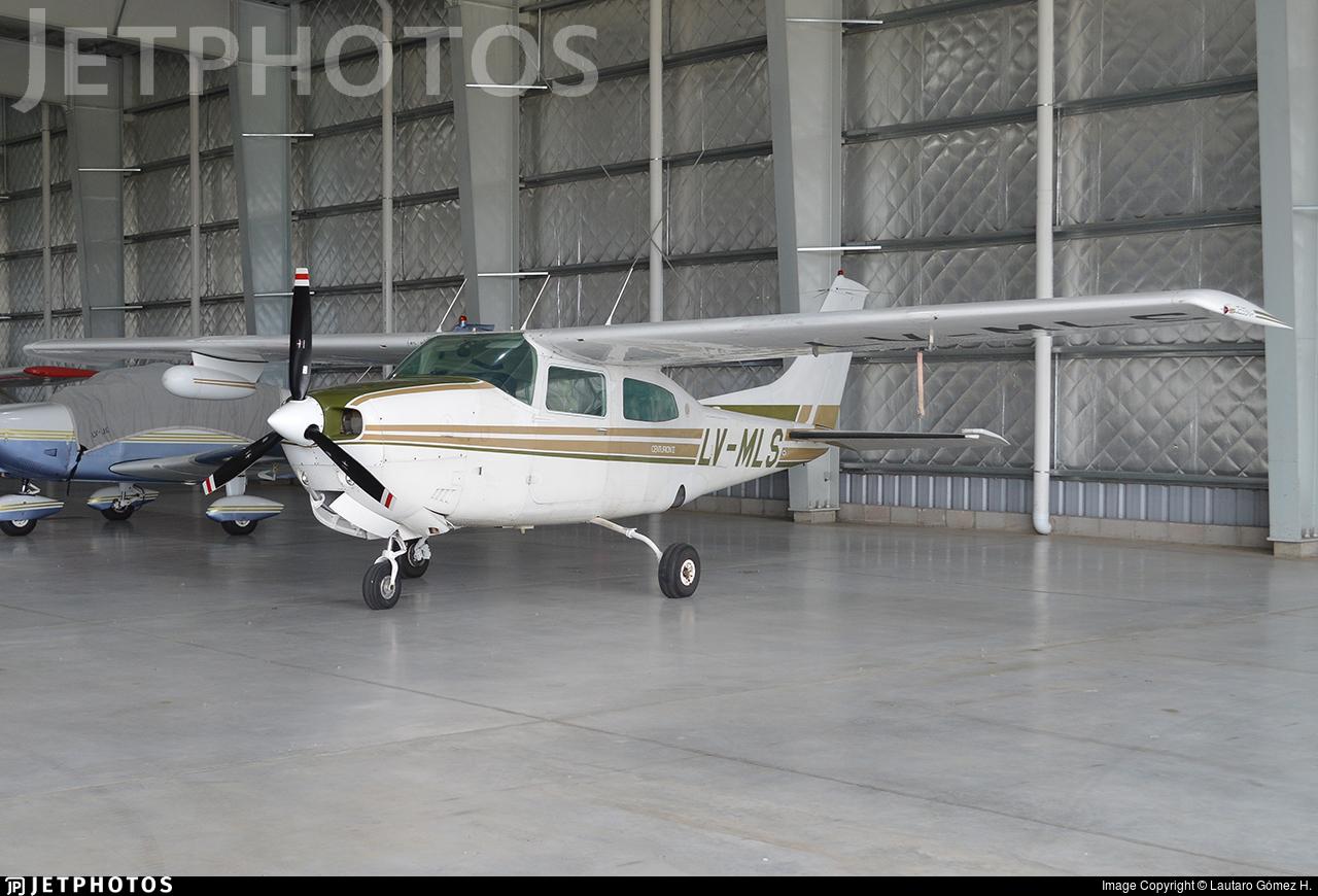 LV-MLS - Cessna 210L Centurion II - Private