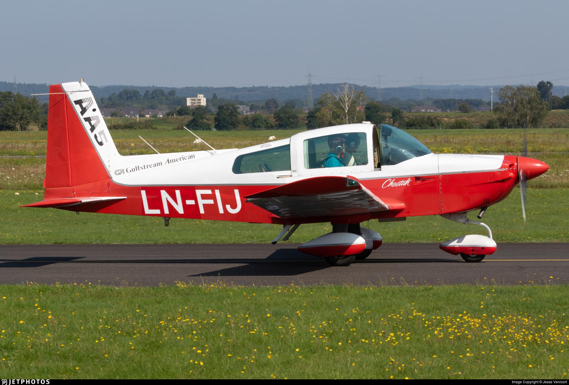 LN-FIJ - Gulfstream AA-5A Cheetah - Private