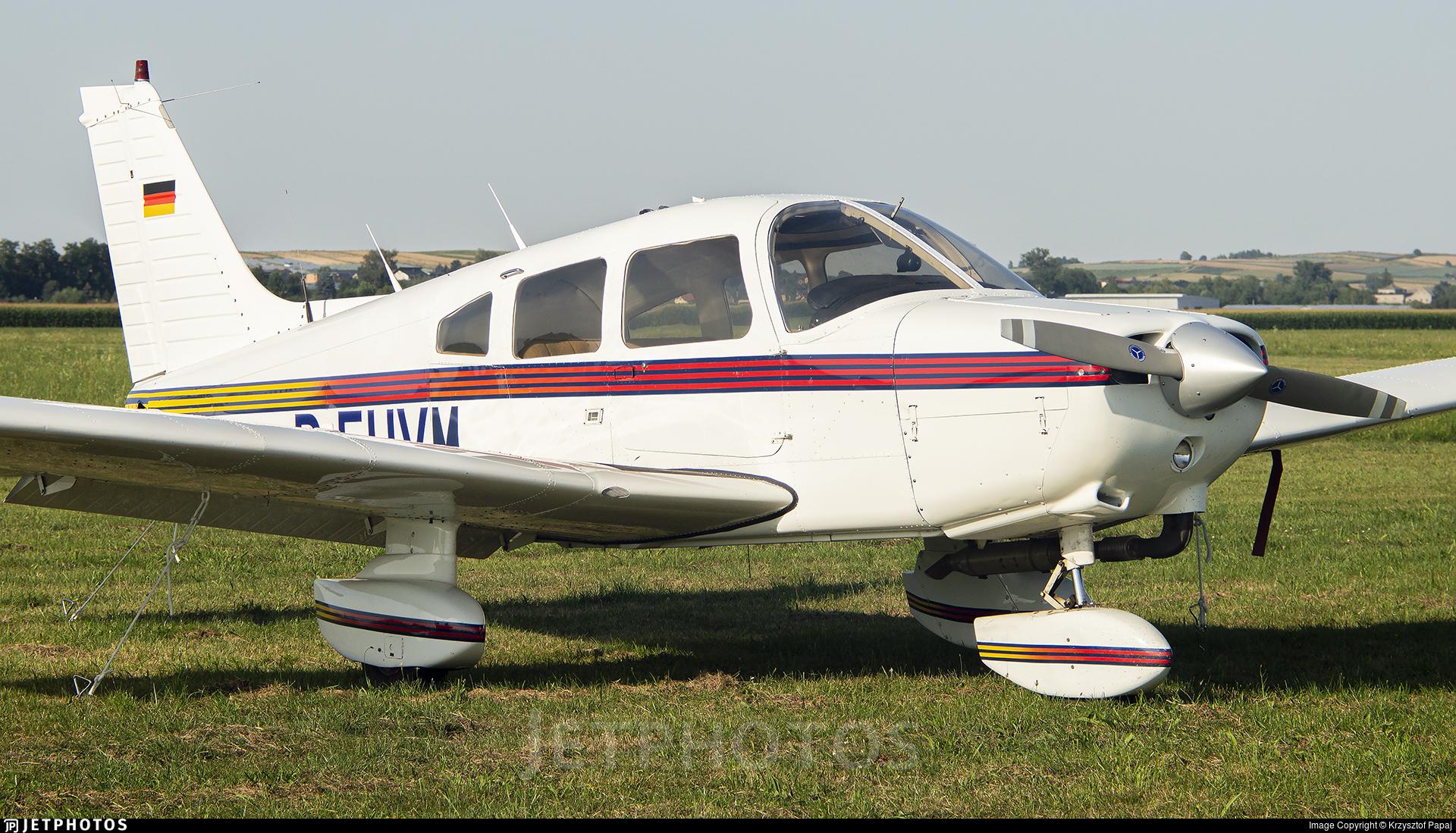 D-EUVM - Piper PA-28-161 Warrior II - Private