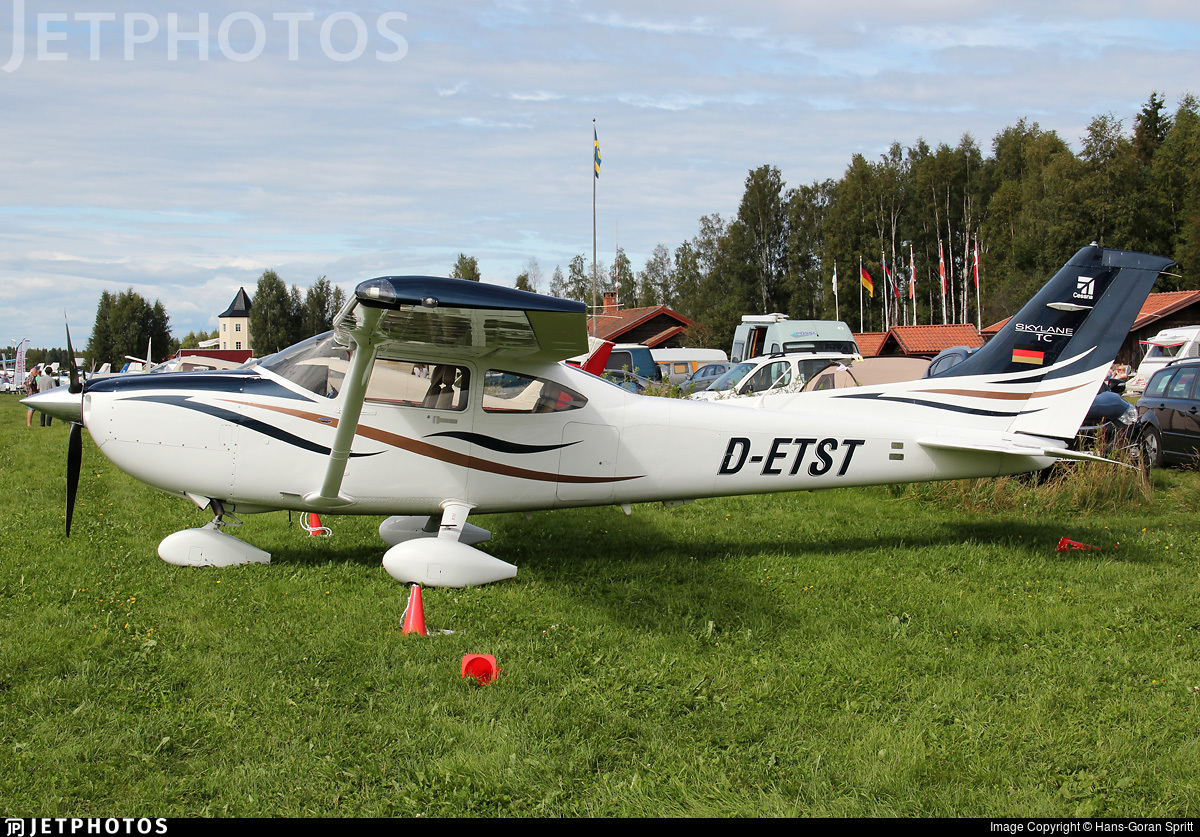 D-ETST - Cessna T182T Skylane TC - Private