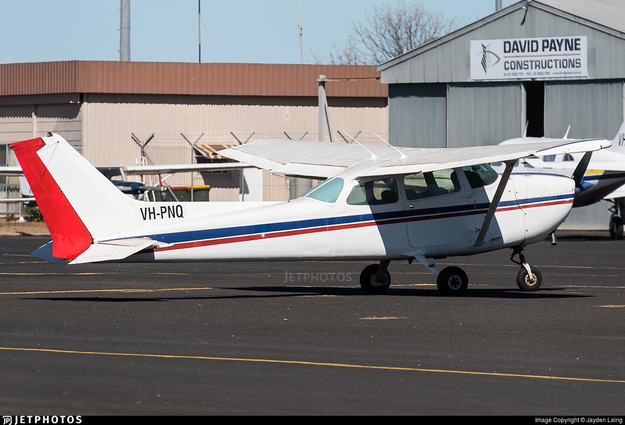 VH-PNQ - Cessna 172N Skyhawk - Private