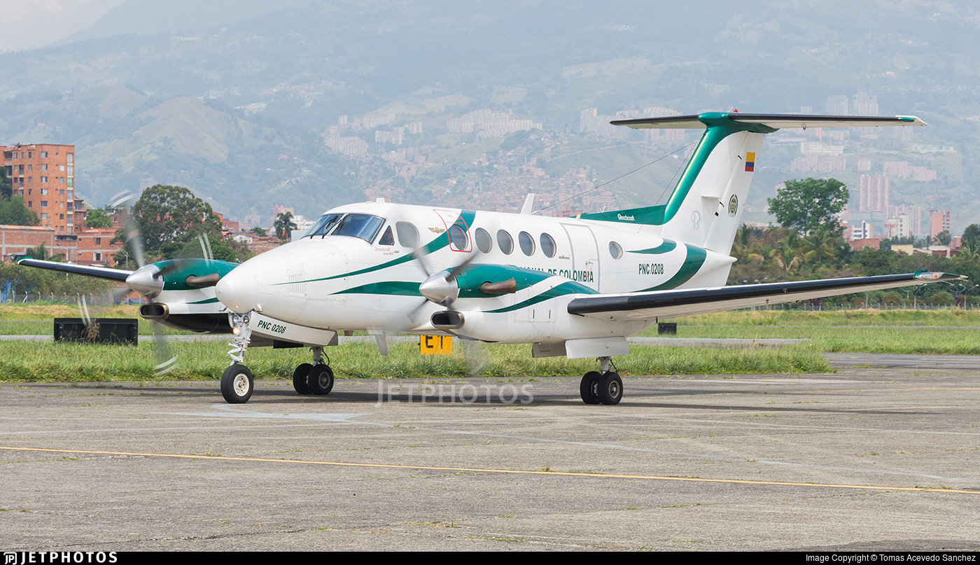 PNC-0208 - Beechcraft B300 King Air - Colombia - Police