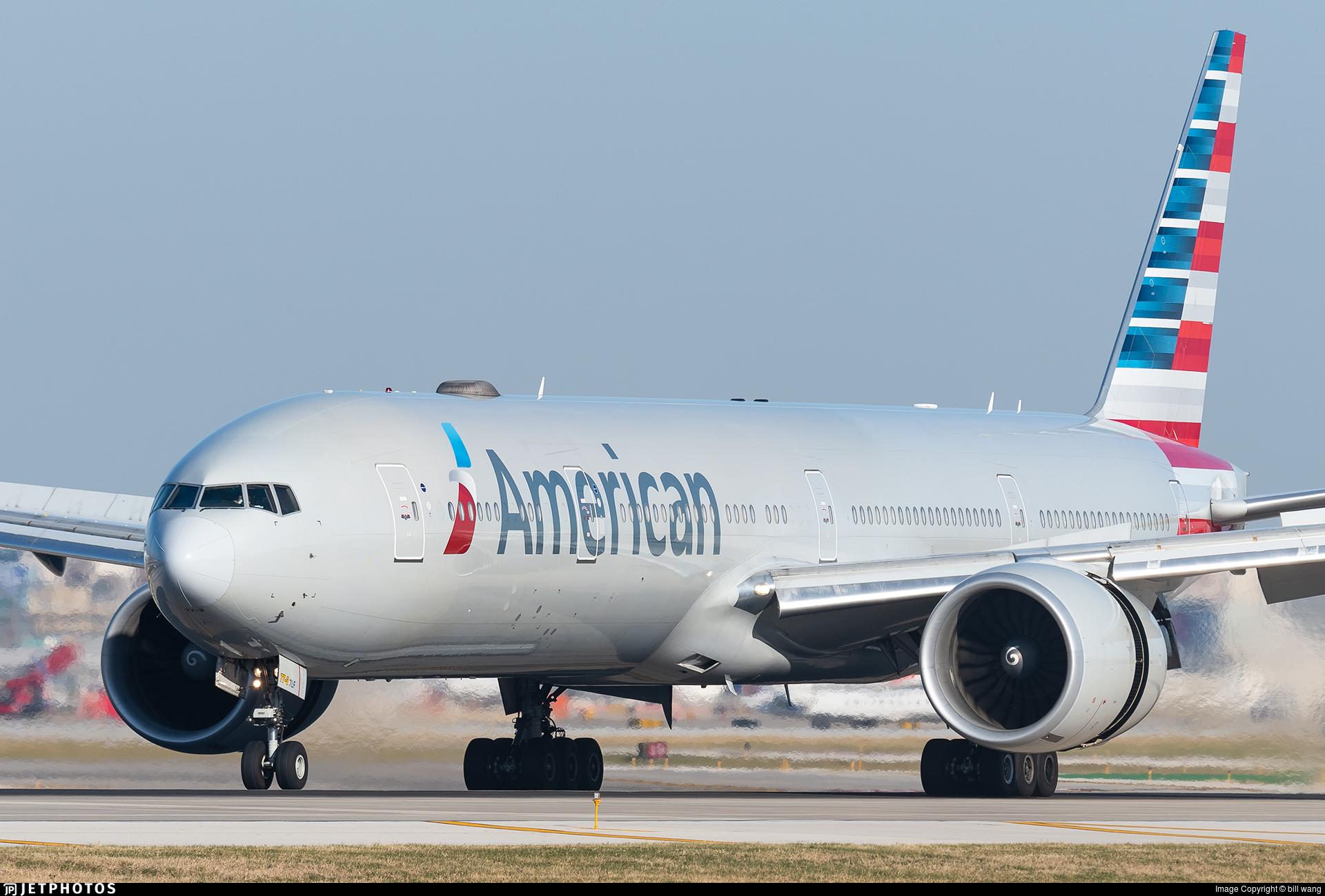 N722AN - Boeing 777-323ER - American Airlines