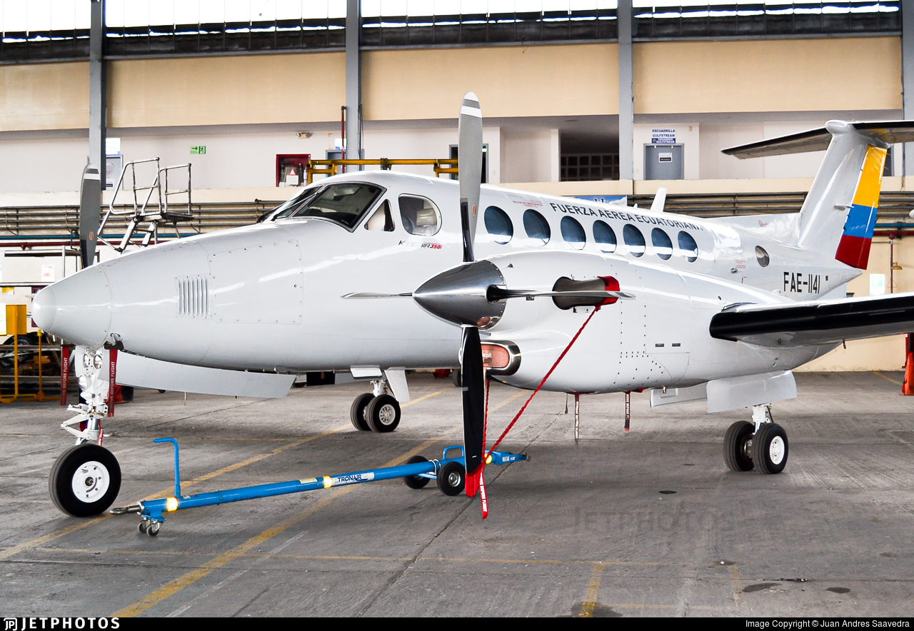 FAE-1141 - Beechcraft B300 King Air 350i - Ecuador - Air Force