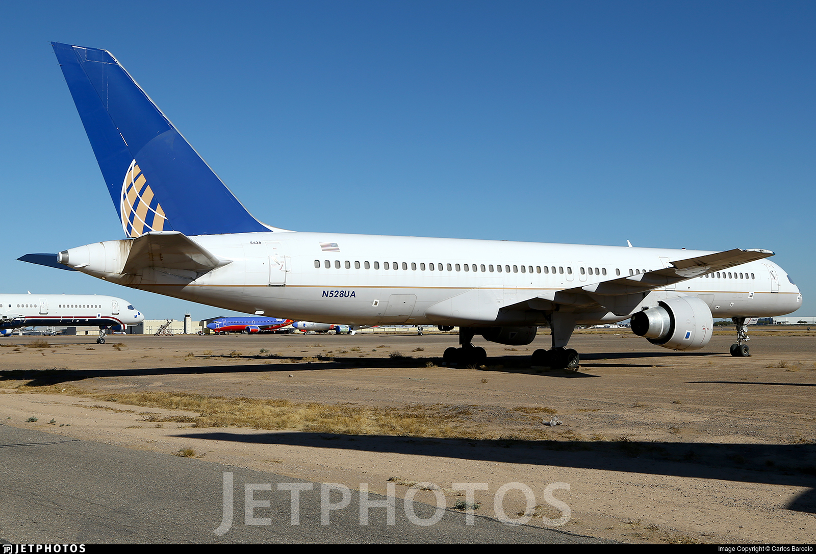 N528UA - Boeing 757-222 - Untitled