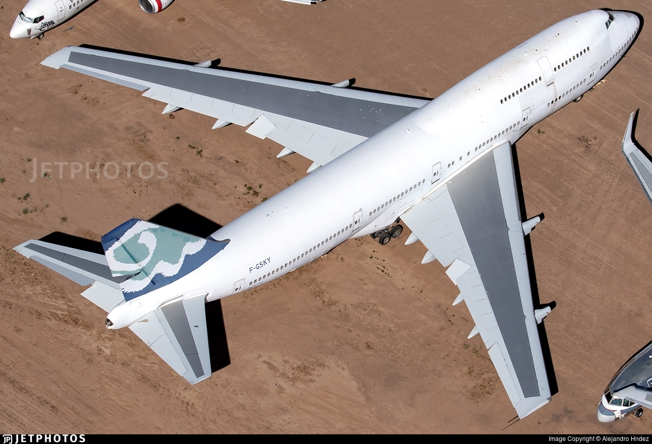 F-GSKY - Boeing 747-312 - Untitled