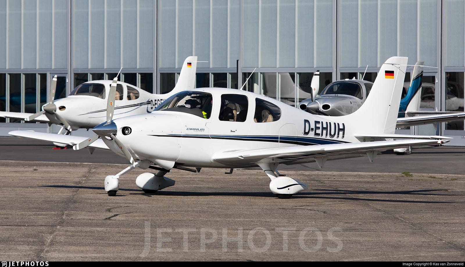 D-EHUH - Cirrus SR20 - Private