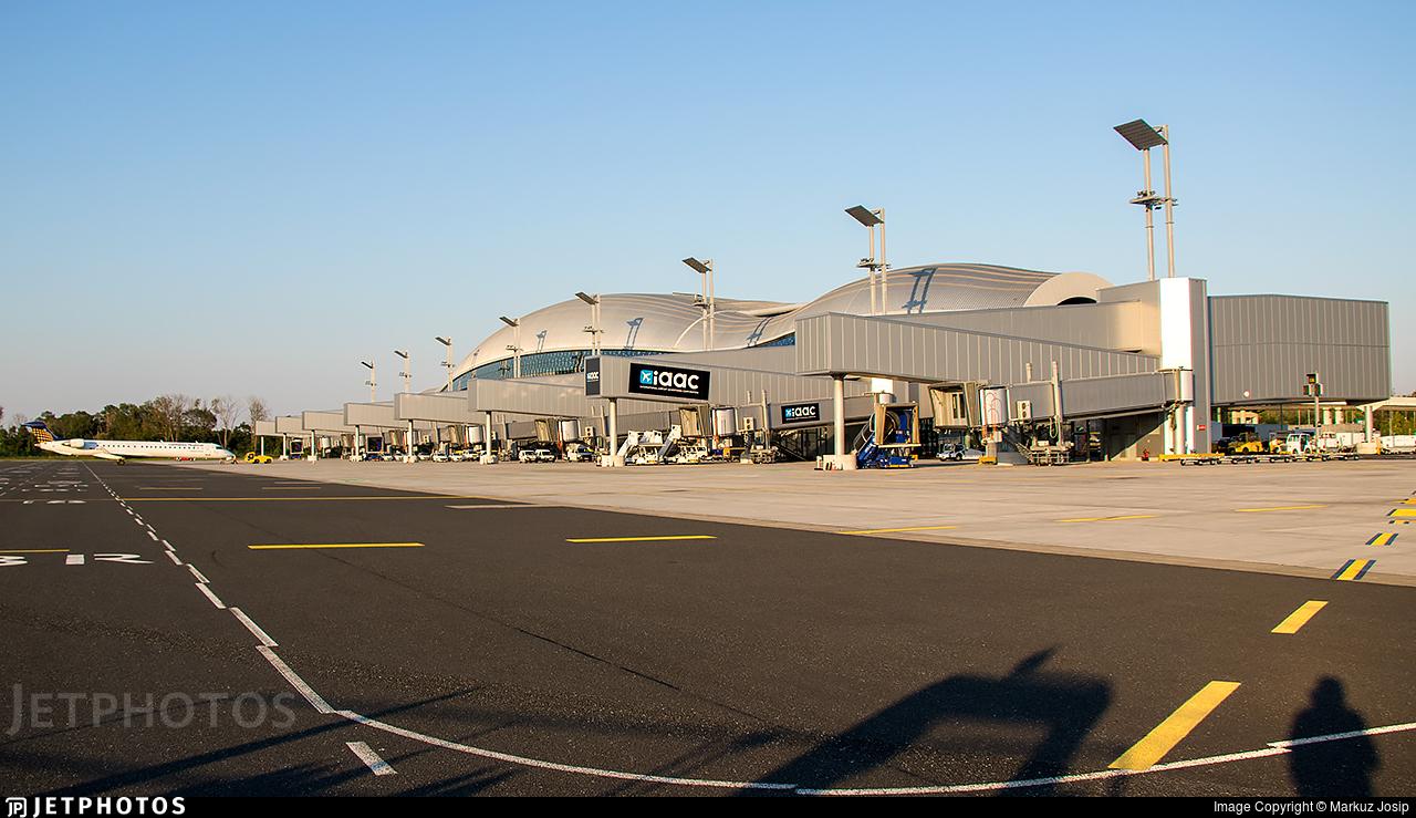 LDZA - Airport - Terminal