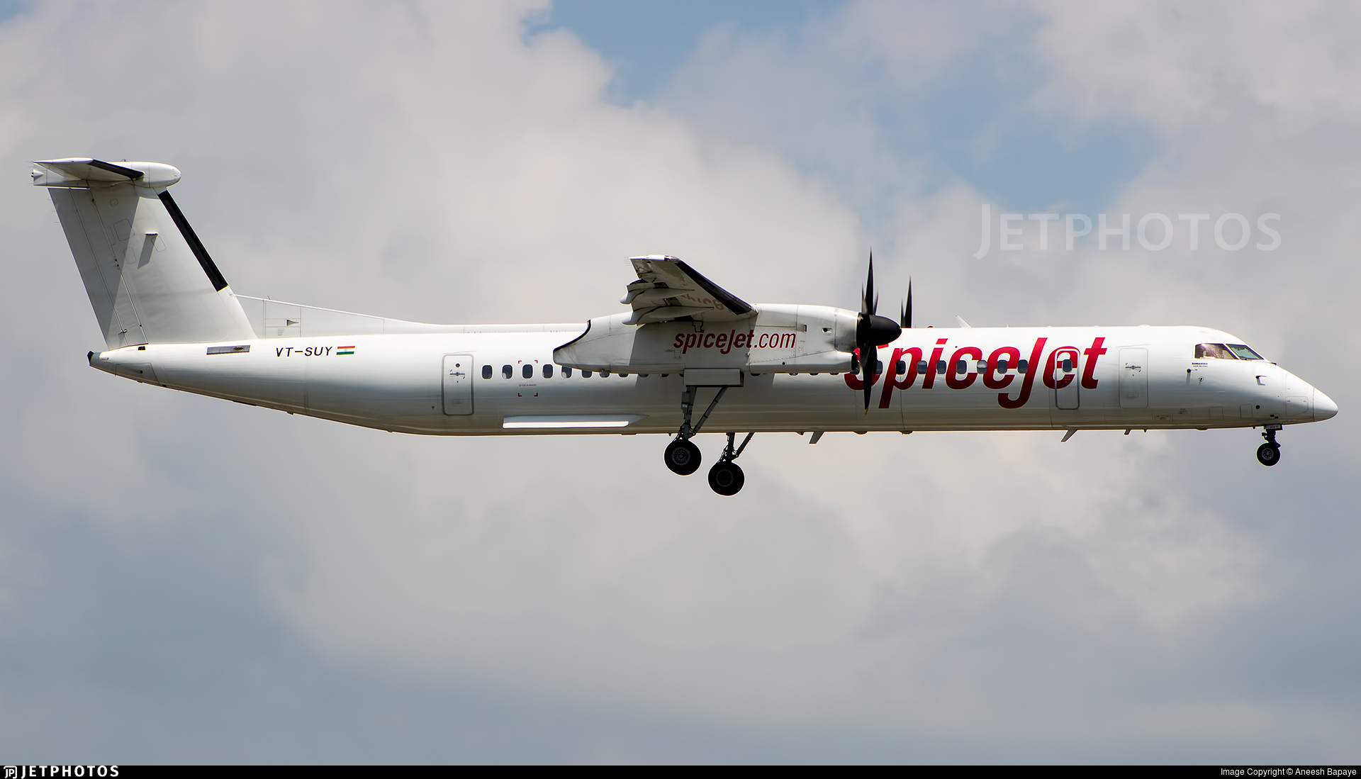 VT-SUY - Bombardier Dash 8-Q402 - SpiceJet