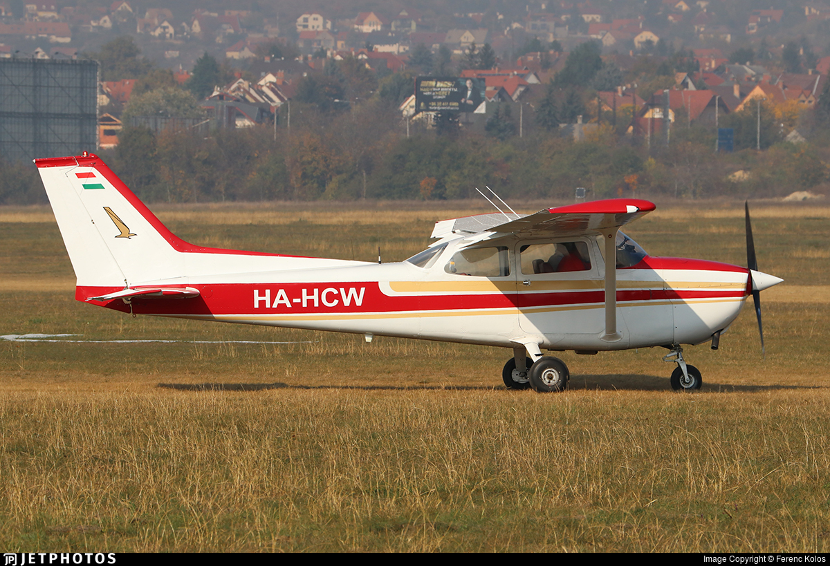 HA-HCW - Reims-Cessna F172N Skyhawk II - Private